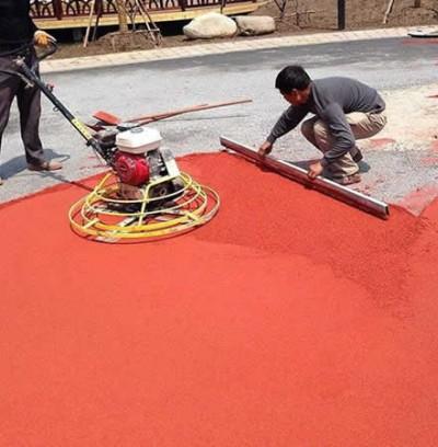 排水性彩色透水混凝土施工现场实拍